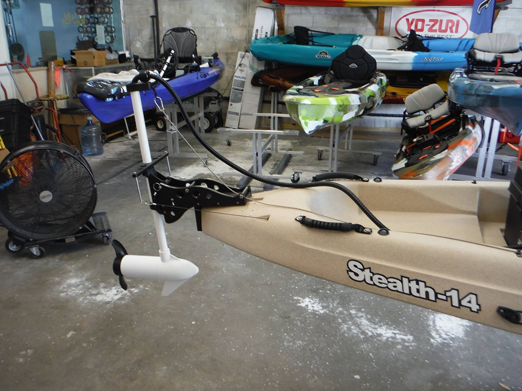 Stealth 14 with Saltwater motor